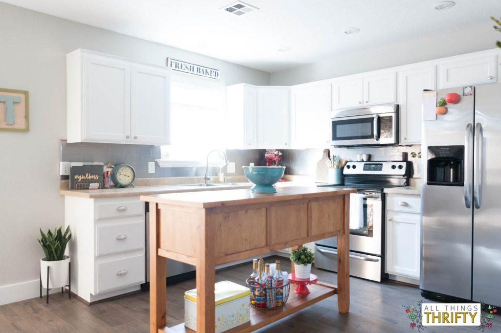 white-kitchen-makeover-quik-step-flooring-15