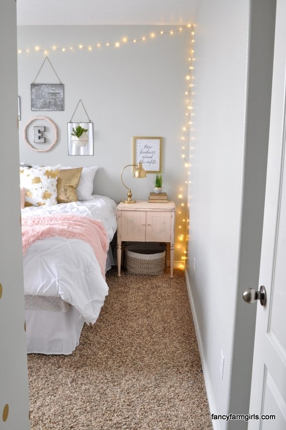 Girl 39 s room makeover all things thrifty - Stuff for teenage girl rooms ...