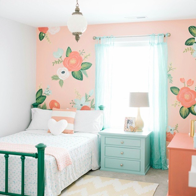 16 colorful girls bedroom ideas for Blue and peach bedroom ideas