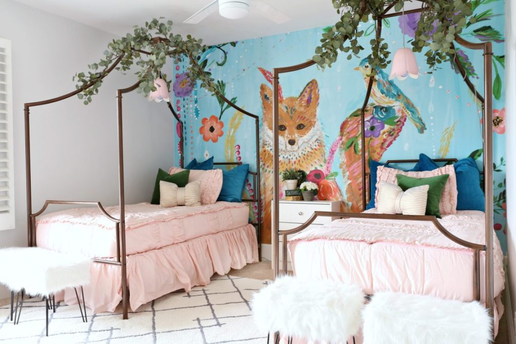 Girls-Whimsical-Bedroom-1-7-1140x760