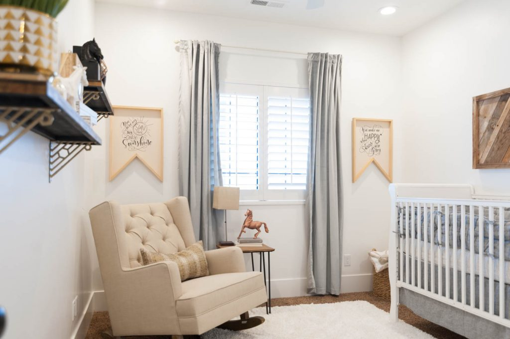 Neutral And Natural Baby Nursery Roo Decor Ideas 19