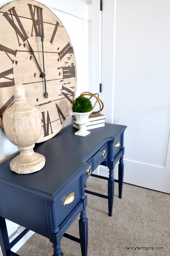 using navy blue in home decor | all things thrifty