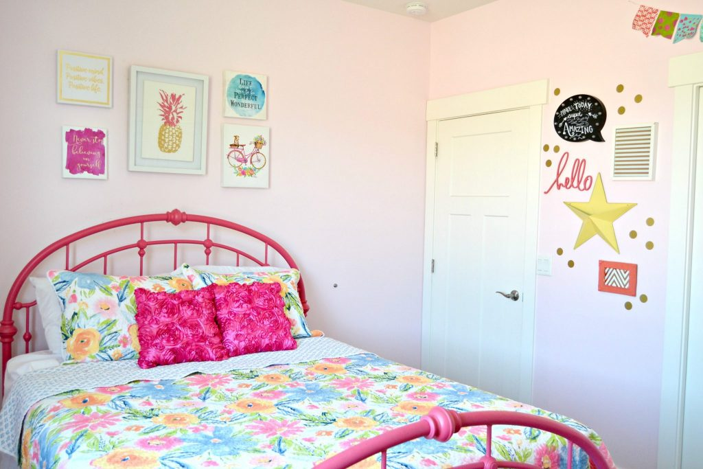 Girl-Bedroom-Colorful-DIY-Thrifty