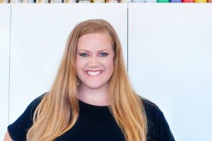 Brooke Ulrich All Things Thrifty Headshot 2017