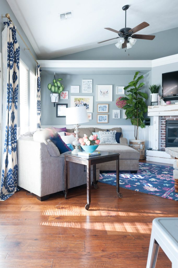 Navy, Pink, and Gray Living Room Decor Ideas-13