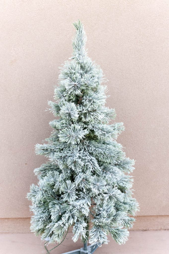 Christmas Tree Spray Snow.Easy Flocked Christmas Tree Instructions All Things Thrifty