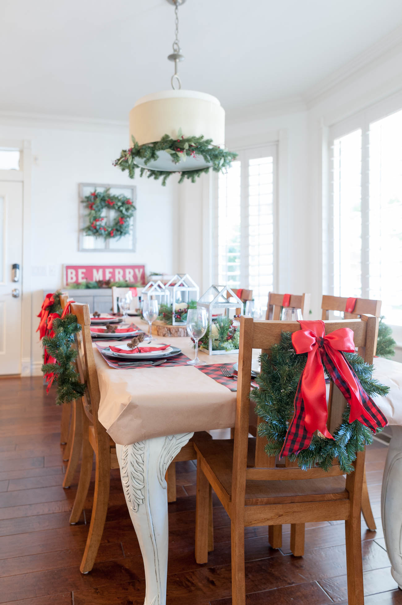 Christmas Table Scape Ideas.7 Affordable Christmas Tablescape Ideas All Things Thrifty